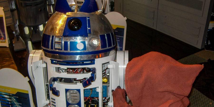 CIV: R2 Builders