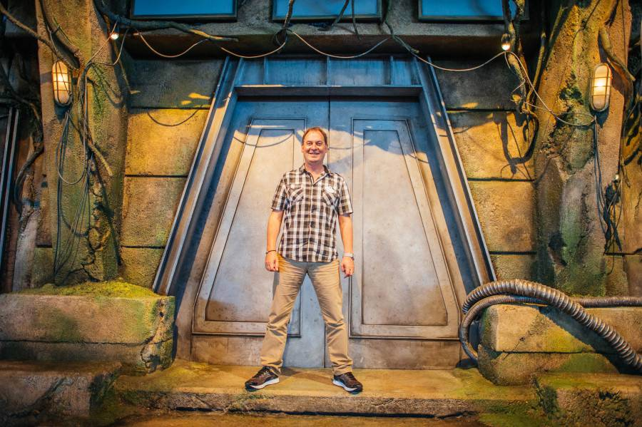 Show Director Christophe Leclercq on the new set of the Jedi Training Academy.