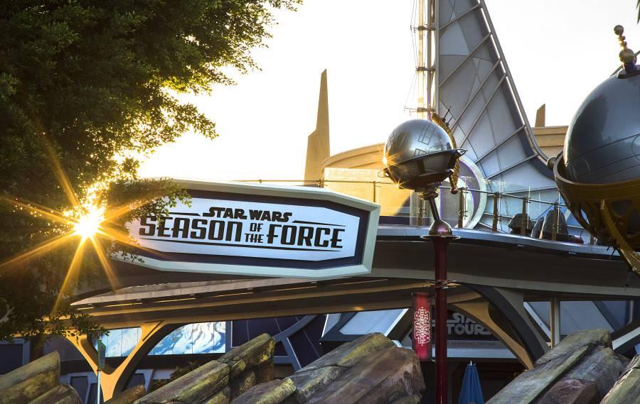 STAR-WARS-SEASON-OF-THE-FORCE-AT-DISNEYLAND-PARK-11_15_DCA_15541