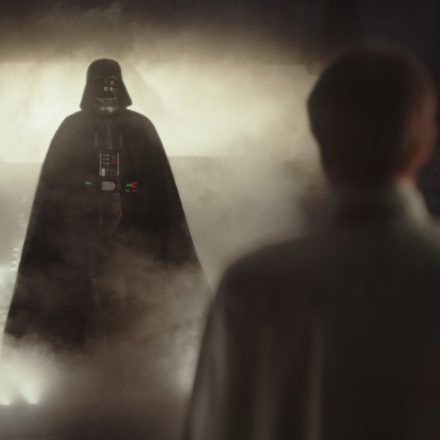 Rogue One's final explosive trailer
