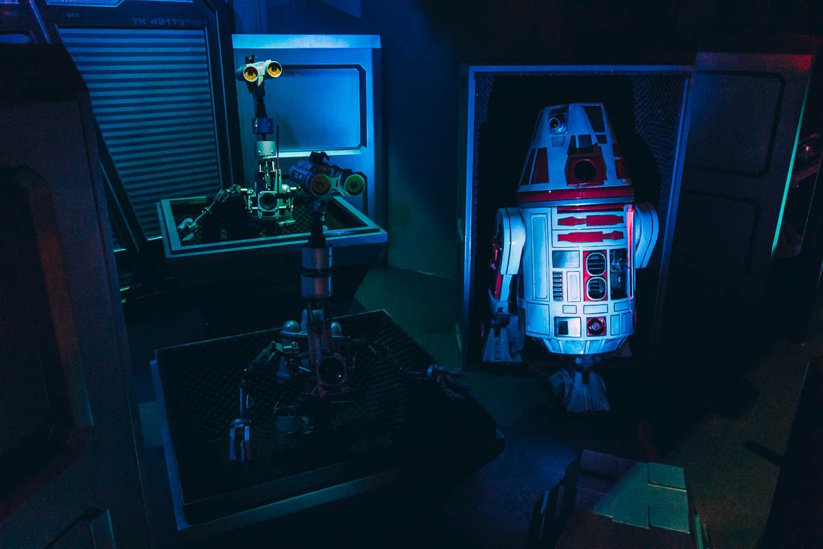 First look inside Star Tours : l'Aventure Continue