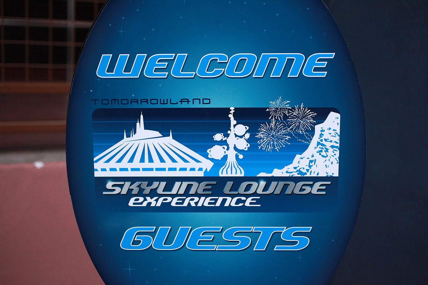 Experiencing the Tomorrowland Skyline Lounge
