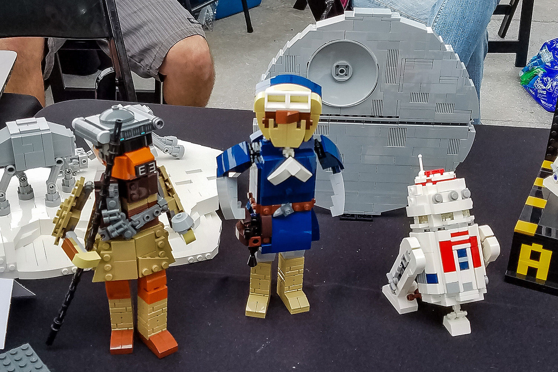 Star wars days 2017 at legoland california endorexpress - Lego star wars base droide ...