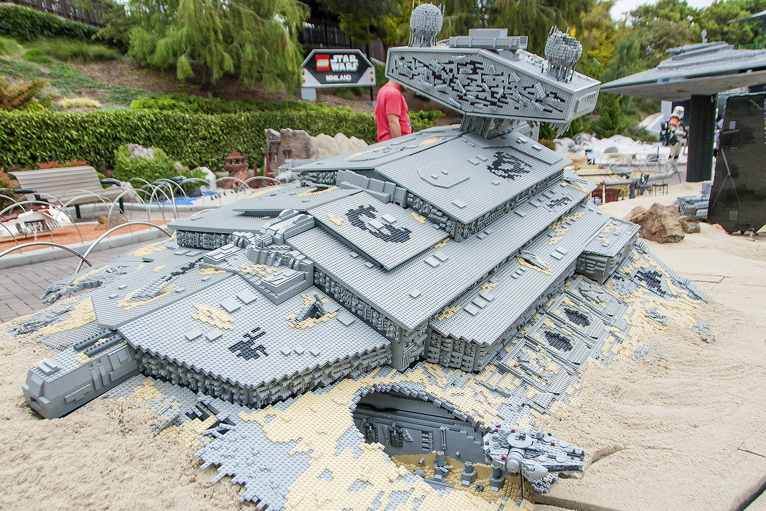 Jakku Miniland at LEGOLand California