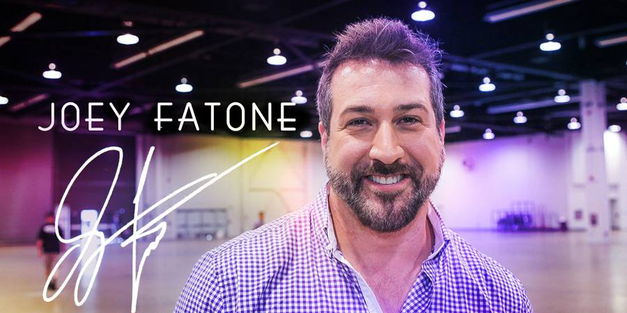 Geeking out with Joey Fatone