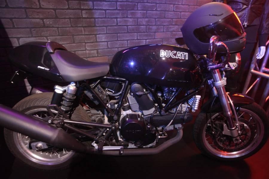Garrett Hedlund Tron Motorcycle A Legacy On The Grid �...