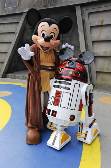 Star Wars Weekends 2011 Dates announced
