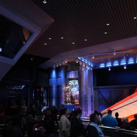 Star Tours 2 Queue Video!