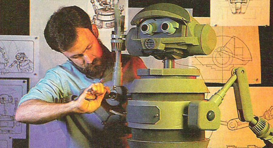 RX Being Sculpted © Starlog. Scanned by Alex Newborn. DO NOT COPY.