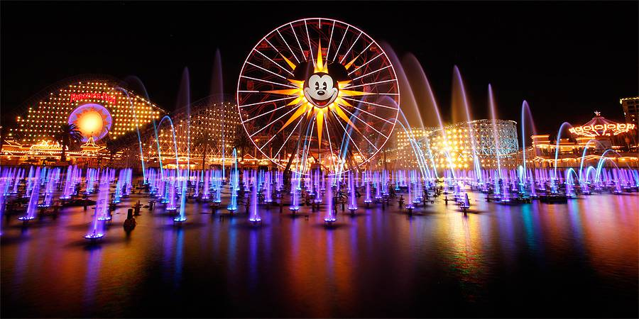 World of Color – Winter Dreams