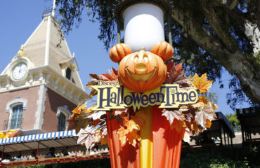 Photo Update: This is Disneyland Halloween!