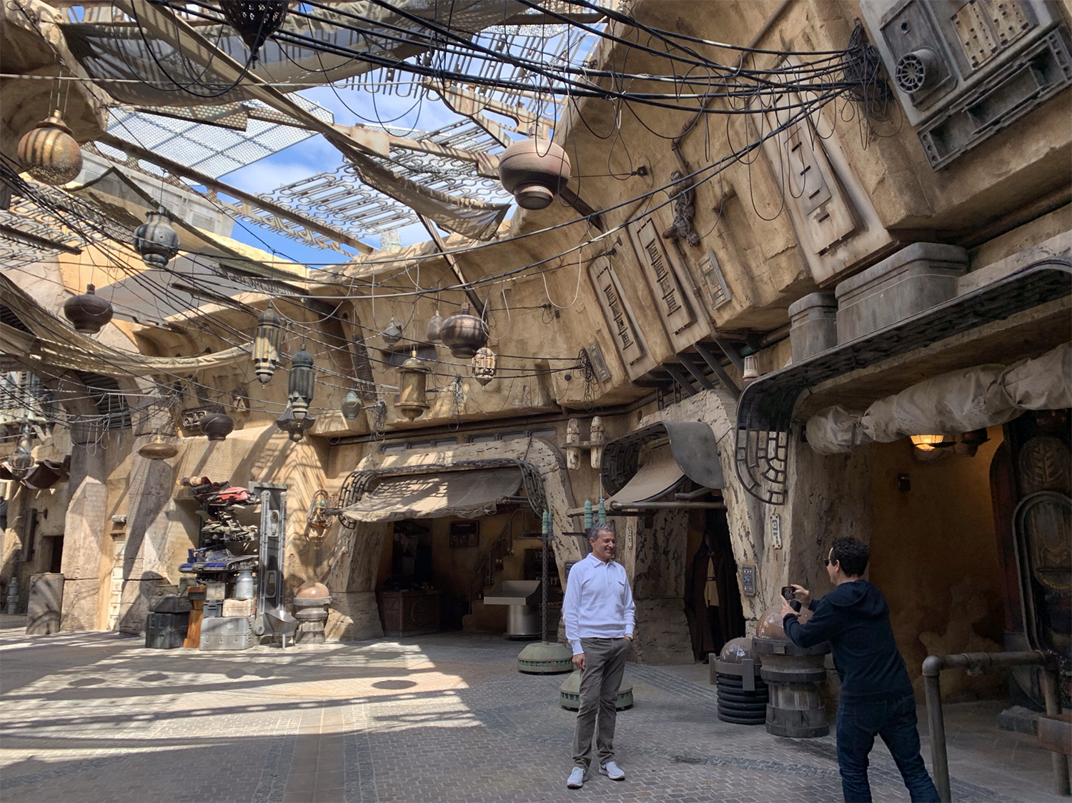 Galaxy's Edge: All the Photos You Missed Last Week