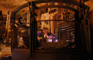 A Closer Look at the Easter Eggs of 'Dok-Ondar's Den of Antiquities'