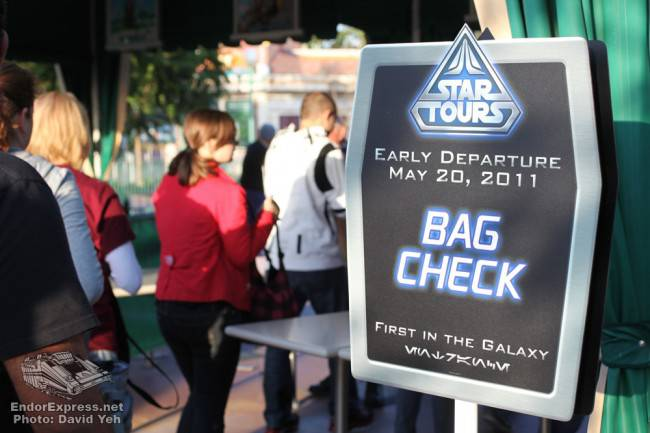 Disneyland Star Tours Meet-Up