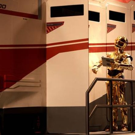 Anthony Daniels talks Star Tours 2